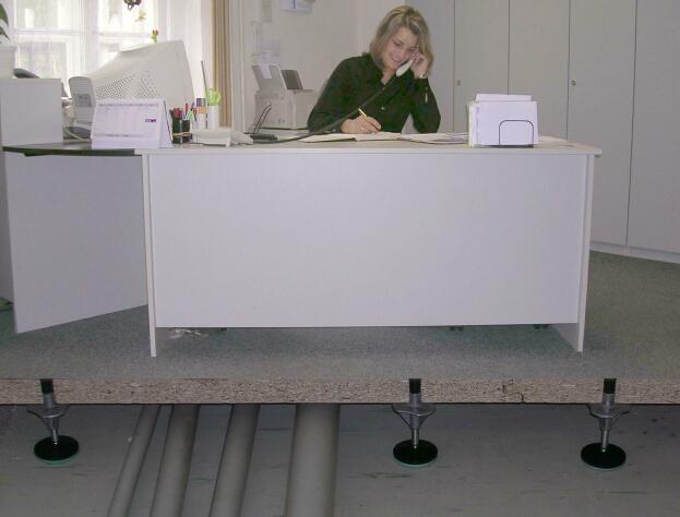 stojky - dutá podlaha